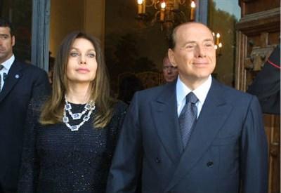 Silvio Berlusconi e Veronica Lario (Foto InfoPhoto)