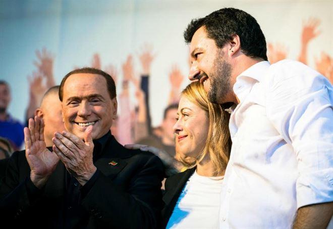 Silvio Berlusconi, Matteo Salvini e Giorgia Meloni (Lapresse)