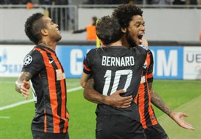 Video Shakhtar Donetsk-Porto (risultato finale 2-2)/ I gol di Alex Teixeira, Luiz Adriano e Jackson Martinez (Champions League, 30 settembre 2014)
