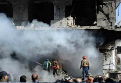 Una casa siriana sventrata da una bomba
