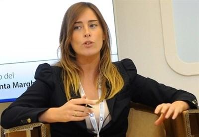 Il ministro delle Riforme Maria Elena Boschi (Infophoto)