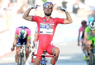 Nacer Bouhanni al Giro d'Italia 2014 (da Facebook)