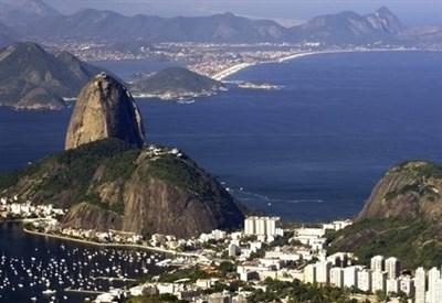 La corsa verso il Brasile continua (Infophoto)