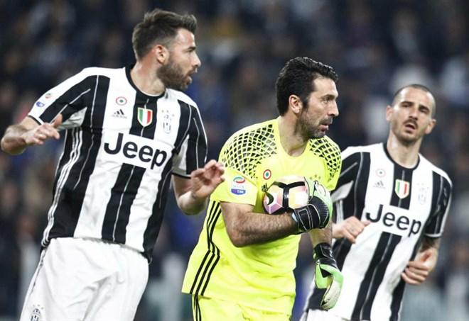 Buffon, addio alla Nazionale (foto LaPresse)