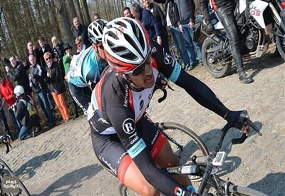 Fabian Cancellara in azione alla Roubaix 2013 (da Facebook)