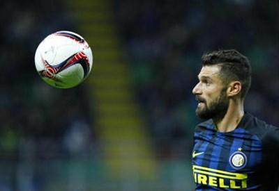 Milan-Inter/ Derby foto perfetta delle due squadre: Pioli, debutto ok ma...