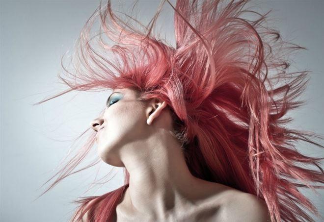Tinture capelli: aumentano il rischio del tumore al seno?