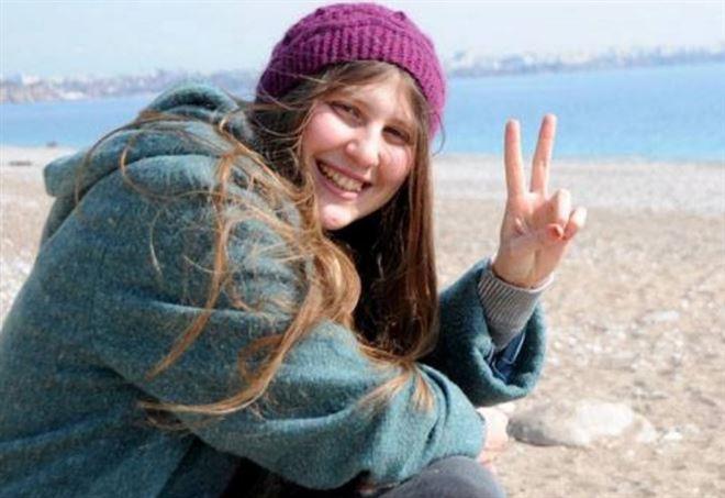 Uccisa Ayşe, la militante filo-curda raccontata da Zerocalcare