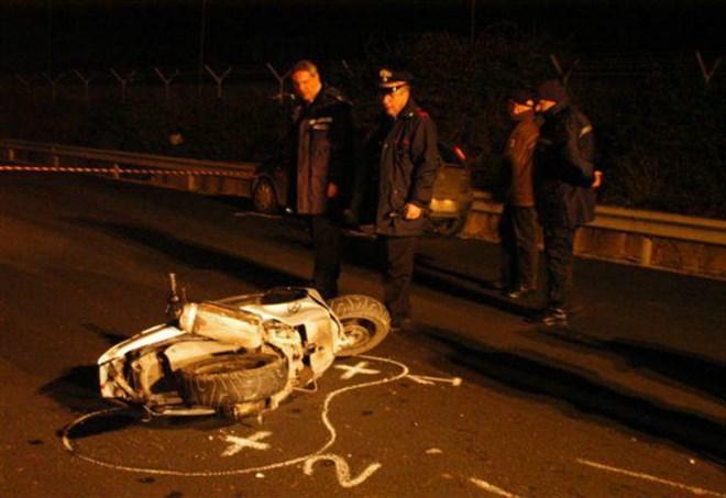 Auto ribaltata a Massa Marittima, una persona ferita