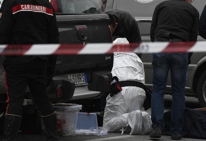 Due anziani trovati morti nella loro auto a Deiva Marina - LaPresse