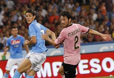 Mantovani con la maglia del Palermo (infophoto)