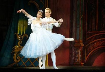 OPERA/ Politica e danza in Cenerentola di Prokofiev