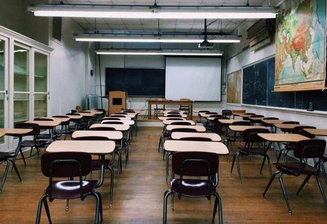 Ritorno in classe a luglio: preside scuola, c'è ispezione