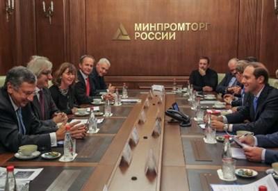 La delegazione Federlegno ospite del ministro Manturov