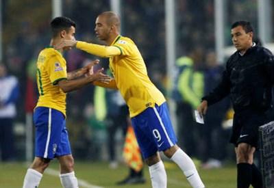 I brasiliano Coutinho (sinistra), 23 anni e Diego Tardelli, 30 (INFOPHOTO)