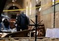 STRAGE DI CRISTIANI IN EGITTO/ Francesco prega per chi annuncia il Natale col martirio