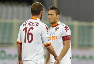 De Rossi e Totti (Infophoto)
