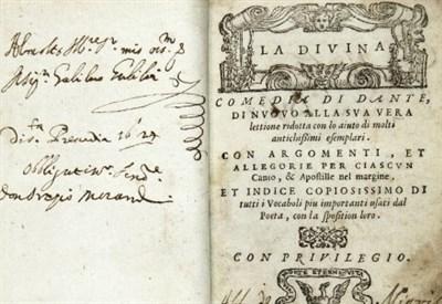 """Una copia della """"Commedia"""" del 1555 dedicata da Orazio Morandi a Galileo Galilei (foto dal web)"""