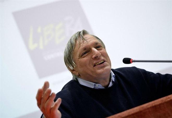 Don Ciotti: Minacce di Riina? Non ho paura, l'impegno continua