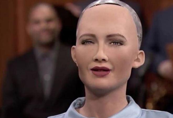 Sophia, la donna robot (Twitter)