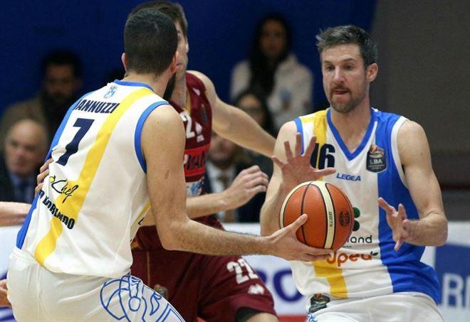 Basket: serie A, quarto posto a Trento