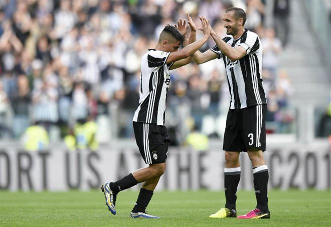 SERIE A. Juventus-Genoa 4-0: show bianconero, lo scudetto si avvicina