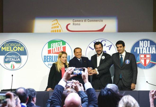Forza Italia, futuro con partito unico?
