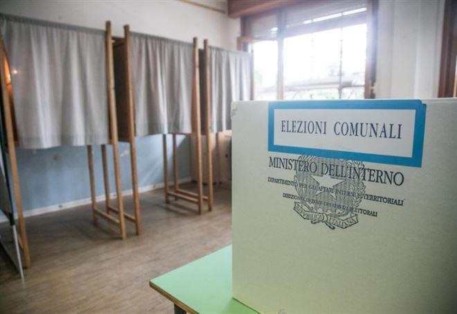 Comunali 2018, ballottaggi (foto da Lapresse)