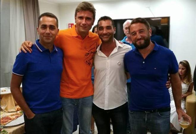 Fabrizio La Gaipa, qui con Luigi Di Maio, Alessandro Di Battista e Giancarlo Cancelleri (Facebook)