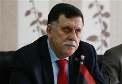 CAOS MIGRANTI/ L'Italia deve aiutare Serraj e Haftar a controllare il sud della Libia