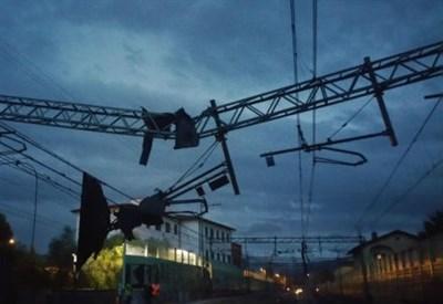 I danni sulla linea ferroviaria