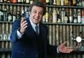 "FLAVIO INSINNA/ Oggi risponde in tv a ""Striscia la Notizia"" (Carta Bianca)"