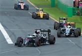 FORMULA 1 / Video highlights e classifica: i ringraziamenti di Vettel ai fan (Gran Premio d'Australia 2017)