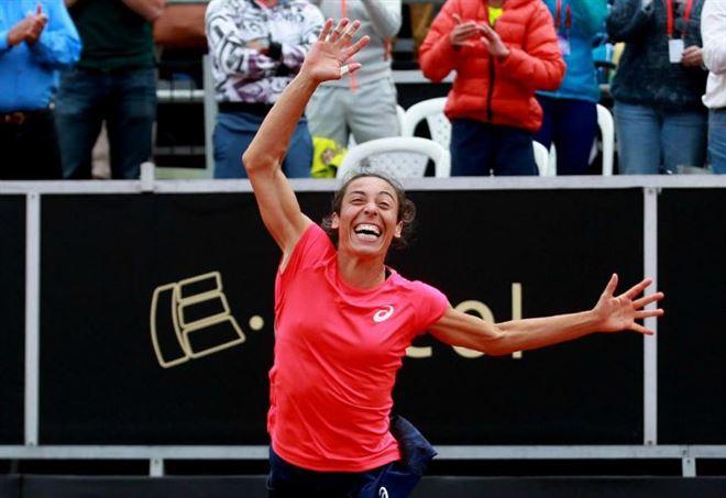 Australian Open 2018: subito in campo Francesca Schiavone (Foto LaPresse)