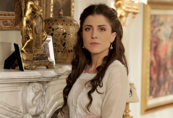 Francesca Valtorta è Silvia Corradi, Sacrificio d'amore