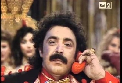 """Nino Frassica ai tempi di """"Indietro tutta"""" (1987) (Immagine d'archivio)"""