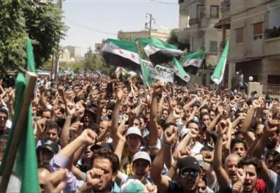 Funerali dei civili uccisi dalle forze di Assad