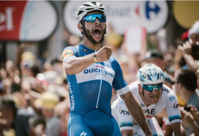Diretta Tour de France: una volata di Fernando Gaviria (da Facebook)