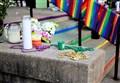 """FIGLI COPPIE GAY CRESCONO FELICI?/ Psicoterapeuta omosessuale: """"fragili e a rischio depressione"""""""