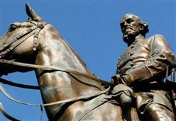 USA, GUERRA ALLA STORIA/ Chi distrugge i monumenti sudisti sa che Lincoln voleva rimandare i ...