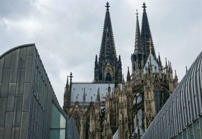 Il duomo di Colonia (Infophoto)