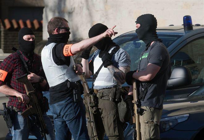 Polizia tedesca, foto LaPresse