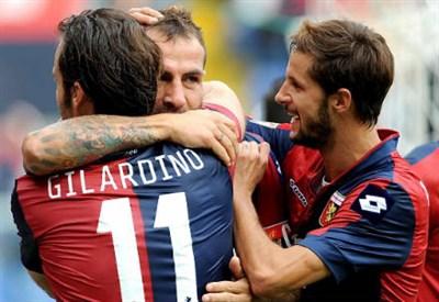 Alberto Gilardino, attaccante Genoa (Foto Infophoto)