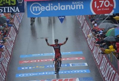 Philippe Gilbert sul traguardo di Vicenza (da Facebook Giro d'Italia)