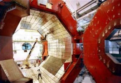 L'esperimento ALICE (A Large Ion Collider Experiment)