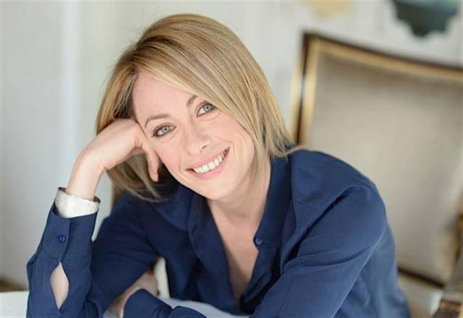Giorgia Meloni aggredita a sputi e insulti