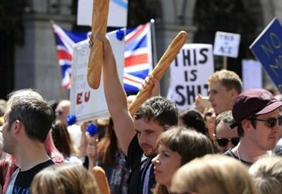 Manifestazione anti-Brexit ieri in Gran Bretagna (LaPresse)
