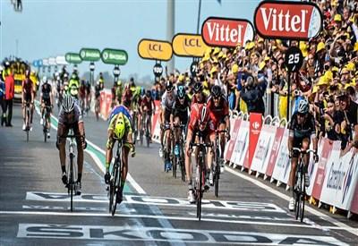 André Greipel vince la volata di domenica (da Facebook Le Tour de France)