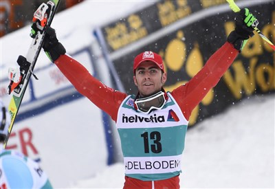 Stefano Gross festeggia la vittoria di Adelboden (da Facebook Stefano Gross)