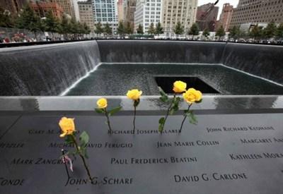 Il Memorial di Ground Zero (Infophoto)